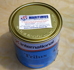 International Trilux antifouling paint gray content 2.5 liters