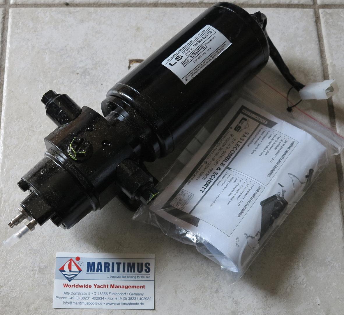 Pump RV2 Lecomble & Schmitt for hydraulic steering system